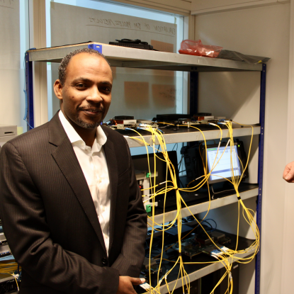 Dr. Ahmed Elmokashfi and Dr. Haakon Bryhni in the SimulaMet Interoperability Lab